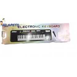 Детски електрически синтезатор